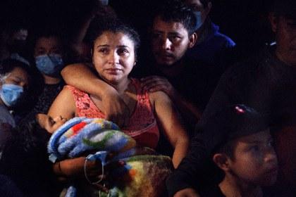 AFP migrantes frontera MX EU.jpg