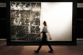 Pintura de Andy Warhol fue subastada en Nueva York en 105 mdd
